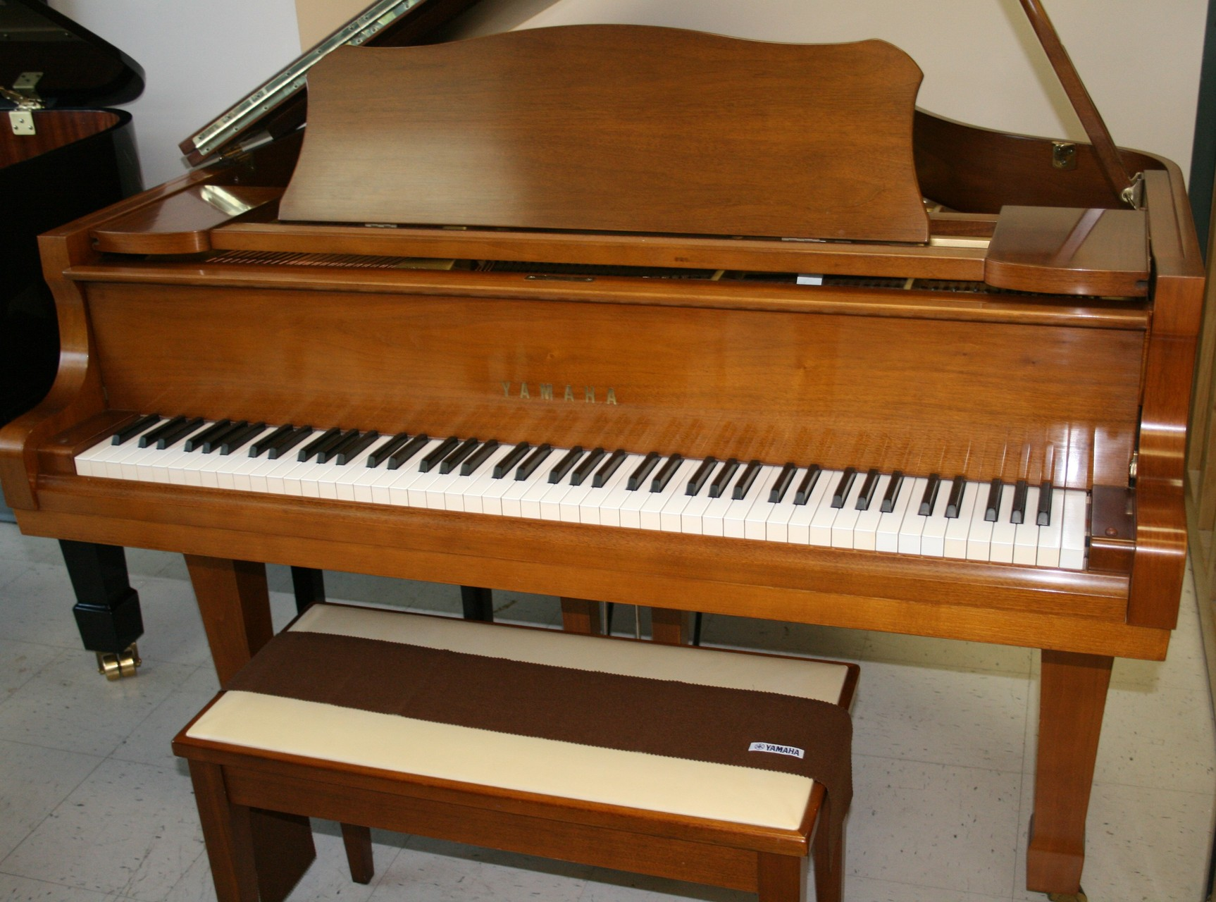 allison piano yamaha c2 g2 1976