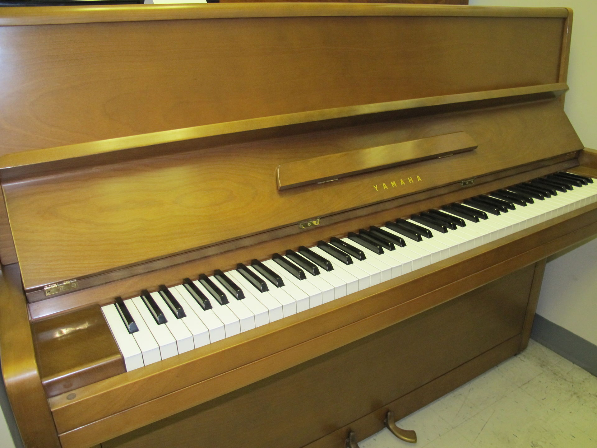 allison piano yamaha p2 spinet 1965